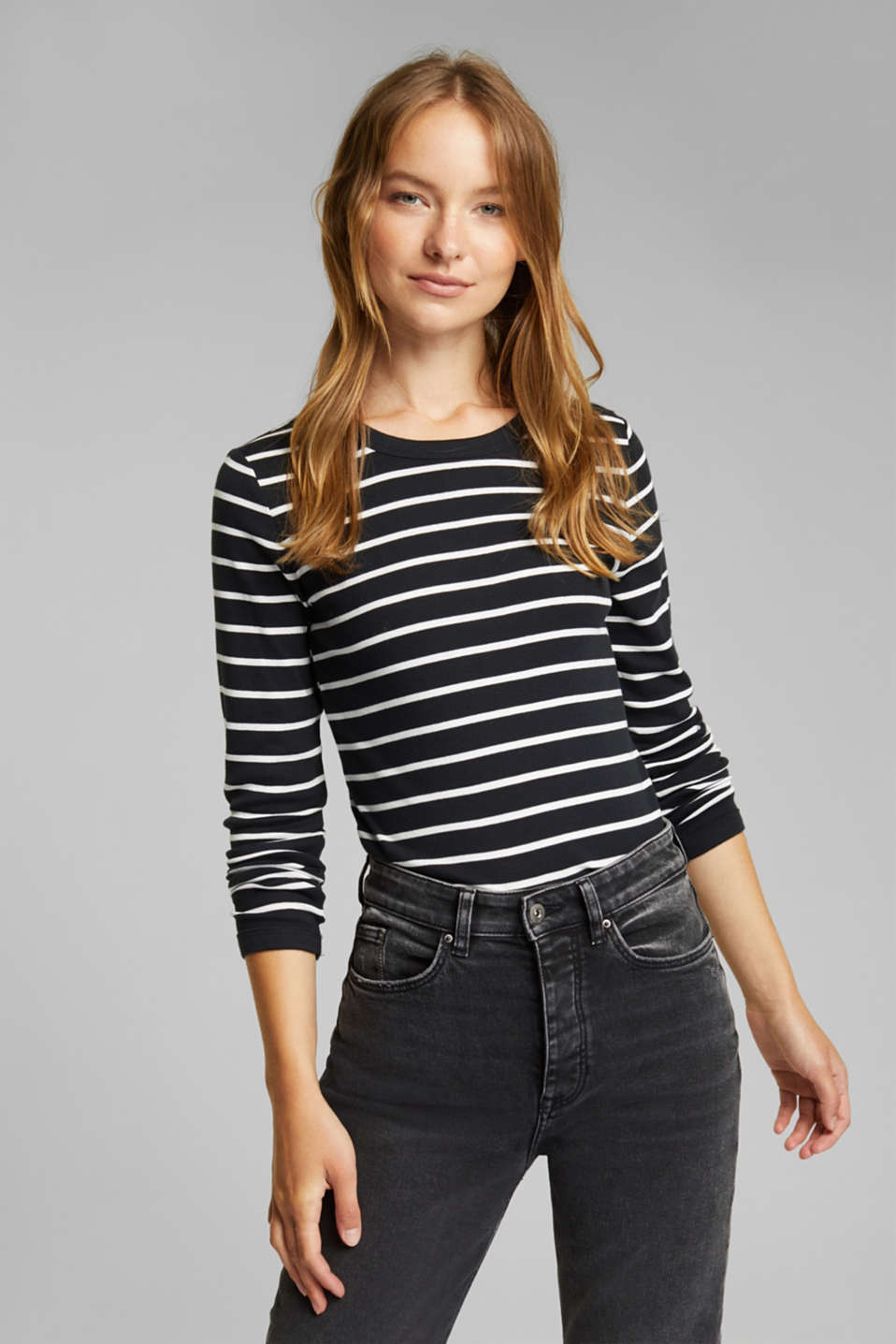Esprit - Long sleeve top made of 100% organic cotton