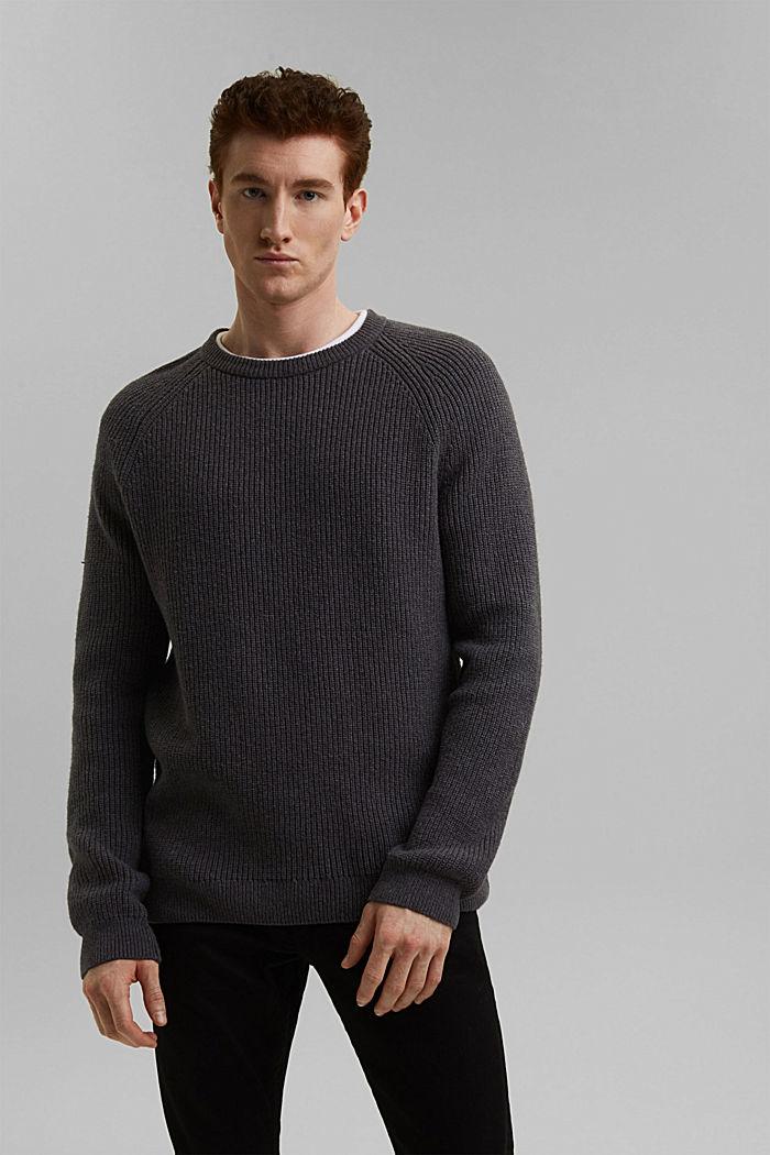 Wool blend: ribbed knit jumper