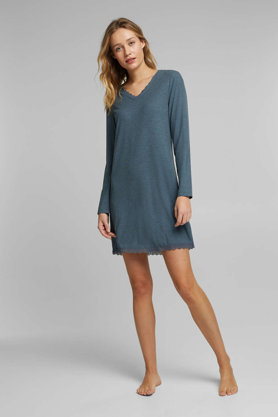Esprit - Jersey nightshirt with LENZING™ ECOVERO™