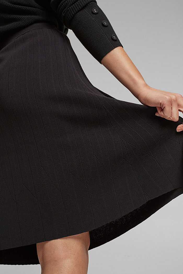 Knitted skirt made of LENZING™ ECOVERO™, BLACK, detail image number 2