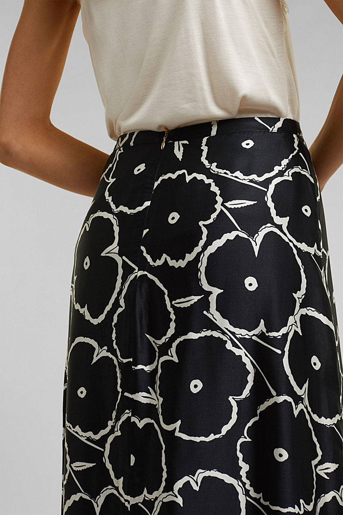 Printed skirt made of satin, BLACK, detail image number 4