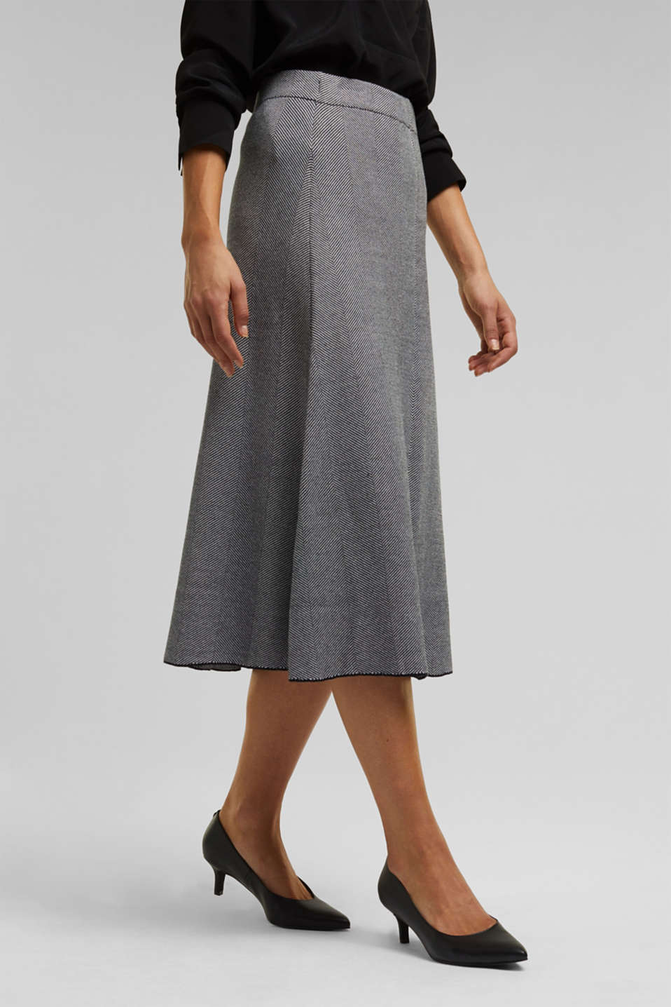 Esprit - Knitted midi skirt dress with LENZING™ ECOVERO™