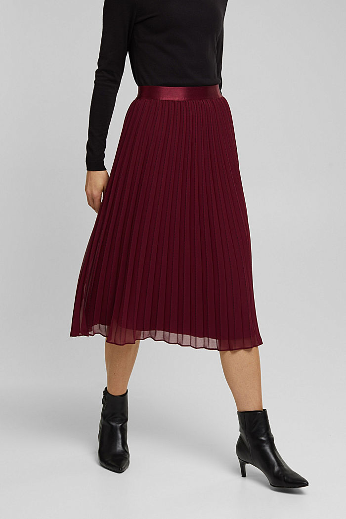 Recycled: pleated skirt with a seam print