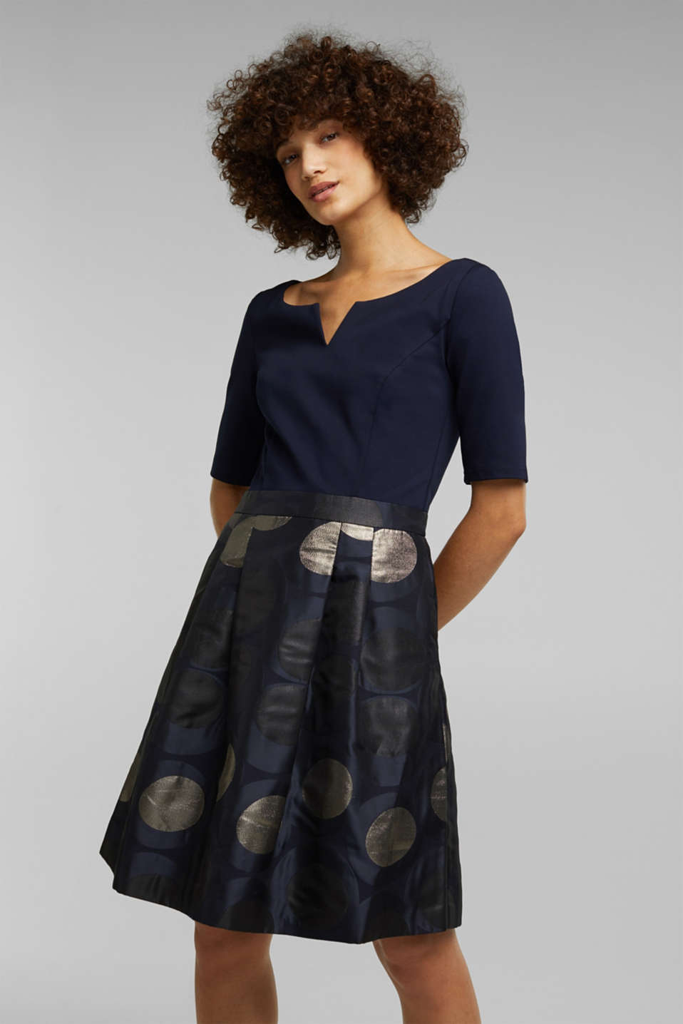 Esprit - Jersey dress with a jacquard skirt