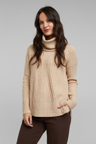 With a touch of cashmere: cotton blend jumper