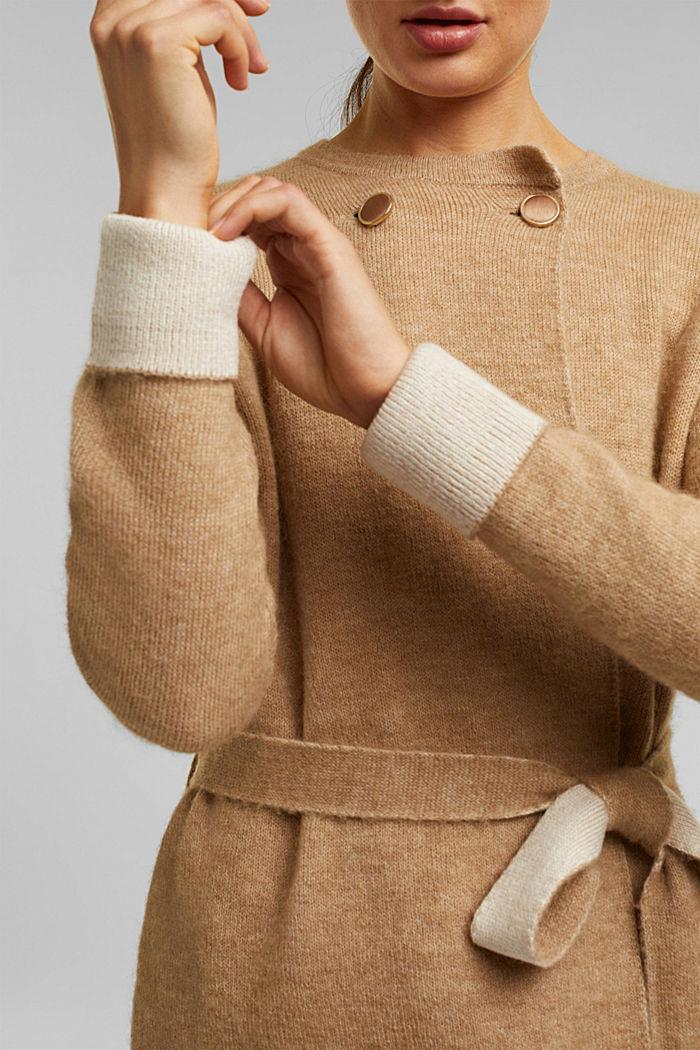 Met wol: vest met ceintuur, SAND, detail image number 2