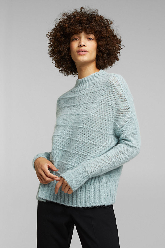 With wool and alpaca: textured jumper, PASTEL GREEN, detail image number 0
