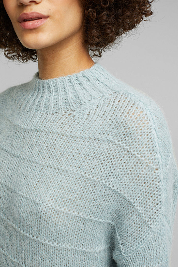 With wool and alpaca: textured jumper, PASTEL GREEN, detail image number 2