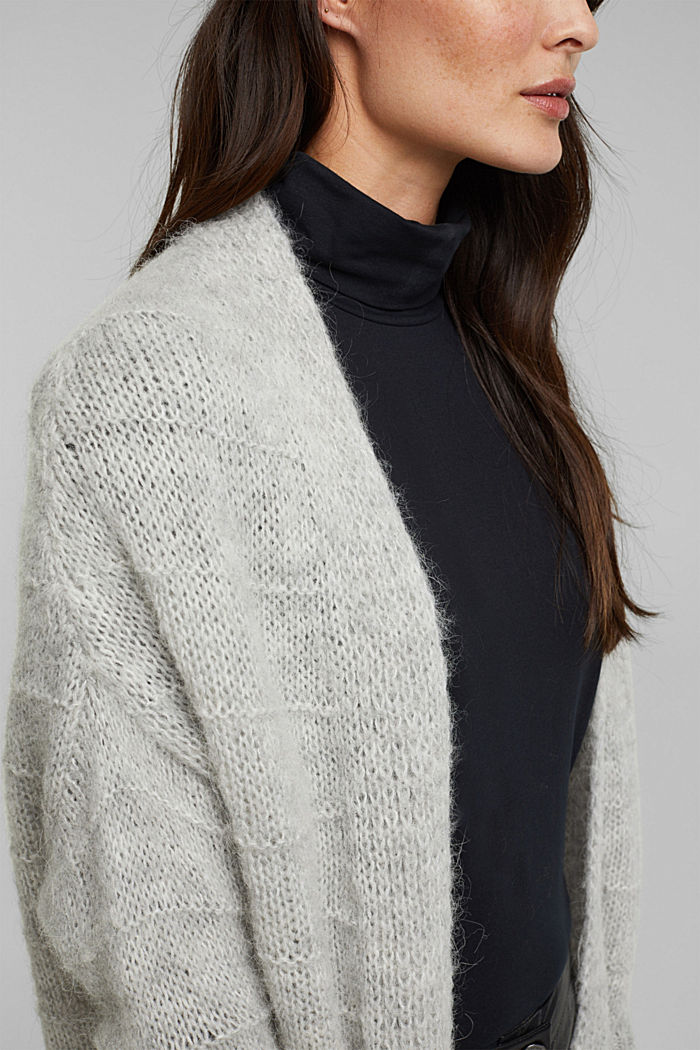 With wool and alpaca: Textured cardigan, LIGHT GREY, detail image number 2