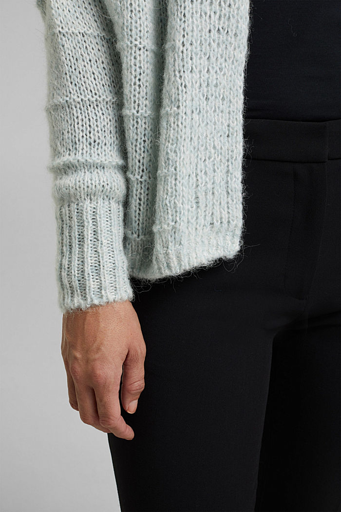 With wool and alpaca: Textured cardigan, PASTEL GREEN, detail image number 5