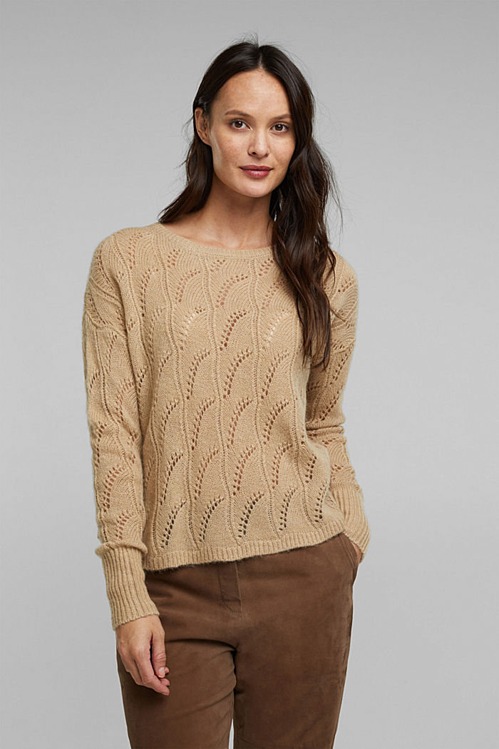 With wool and alpaca: jumper with an openwork pattern, BEIGE, detail image number 0