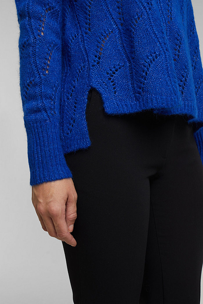 With wool and alpaca: jumper with an openwork pattern, BRIGHT BLUE, detail image number 5