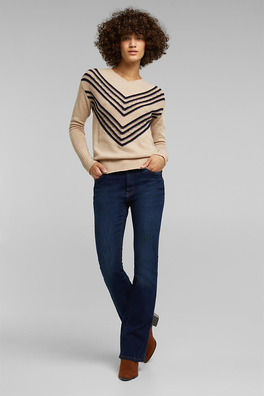 With cashmere: V-neck jumper