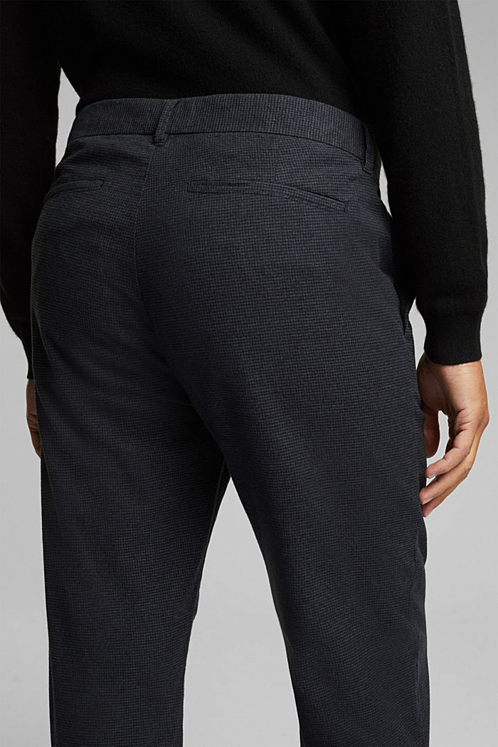 SPORTY CROPPED: trousers containing organic cotton, ANTHRACITE, detail image number 2