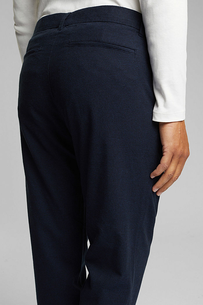SPORTY CROPPED: trousers containing organic cotton, DARK BLUE, detail image number 2