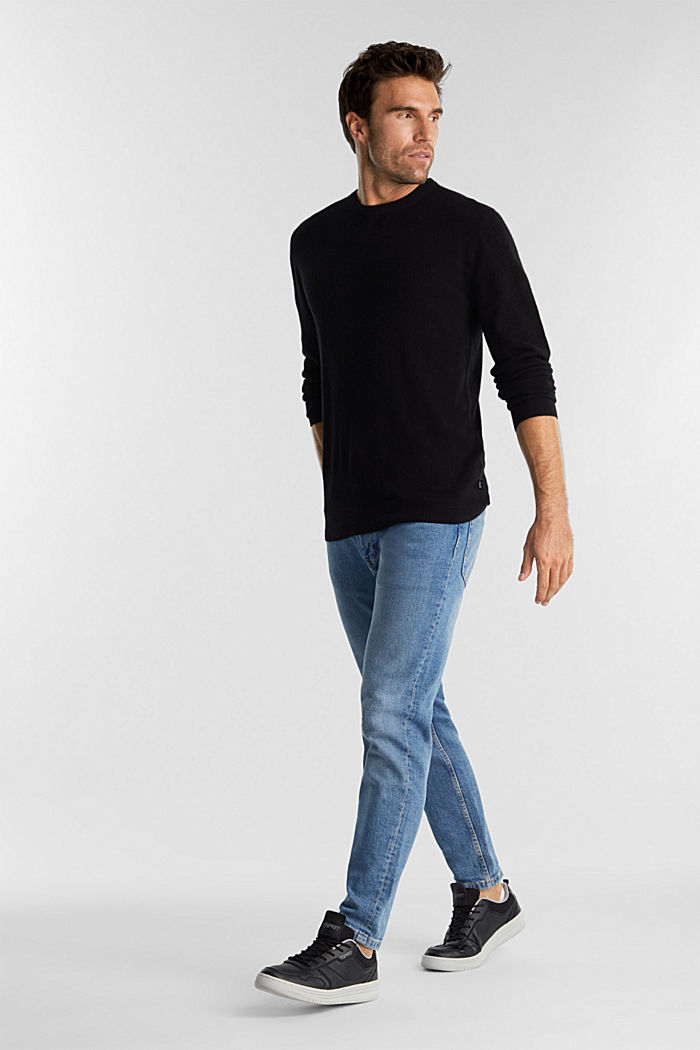 With cashmere: jumper with a round neckline, BLACK, detail image number 1