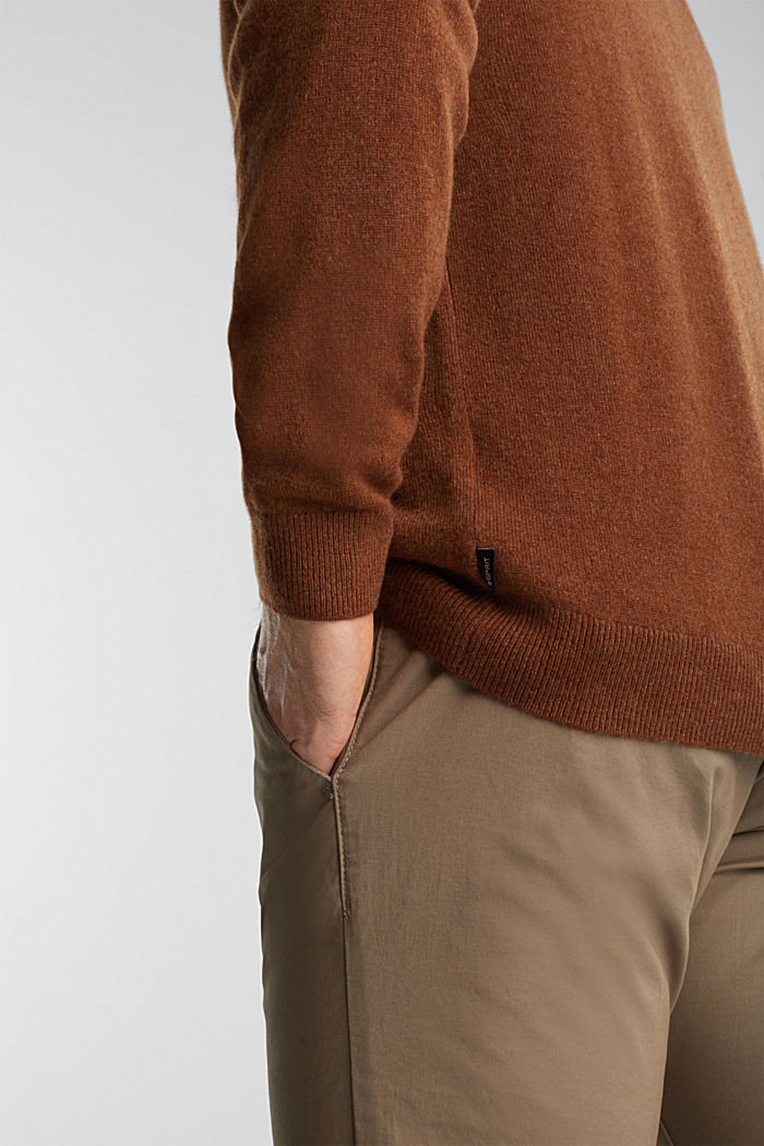 With cashmere: jumper with a round neckline, RUST BROWN, detail image number 2