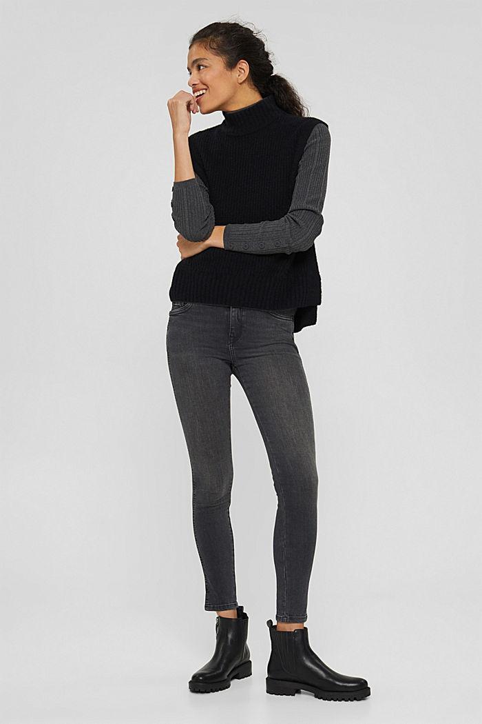 Cropped Jeans mit geschlitztem Saum, BLACK DARK WASHED, detail image number 0