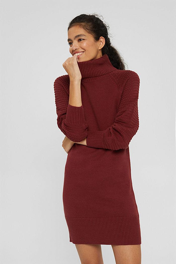 Vestido de punto con cuello vuelto en mezcla de algodón ecológico