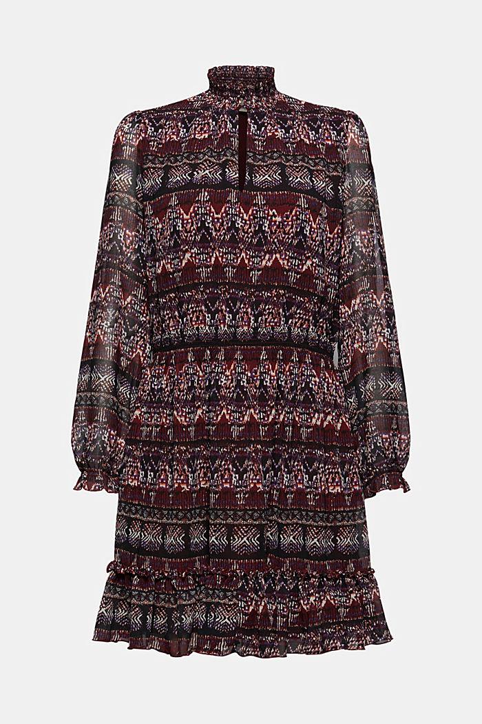 En matière recyclée: la robe en chiffon à imprimé ethnique