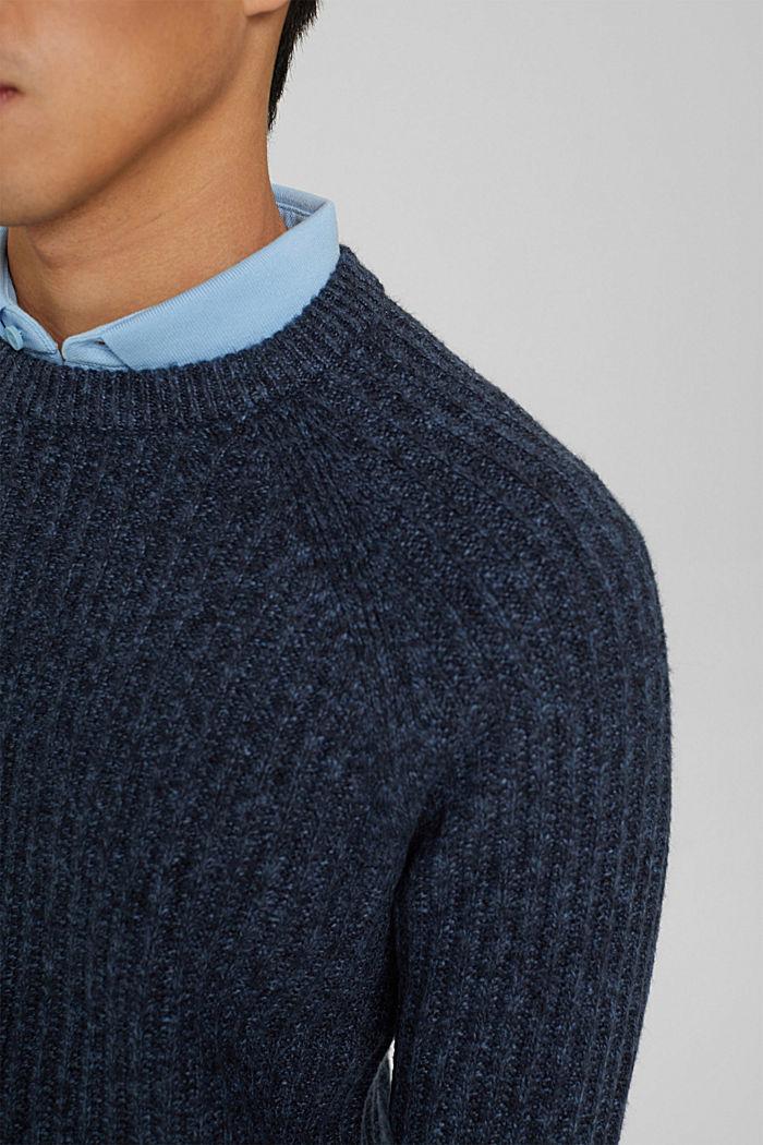 Ribgebreide trui van een mix met biologisch katoen, NAVY, detail image number 2