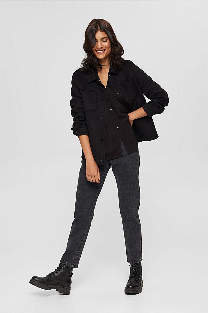 Henley-Bluse mit Rüschen, LENZING™ ECOVERO™, BLACK, detail image number 1