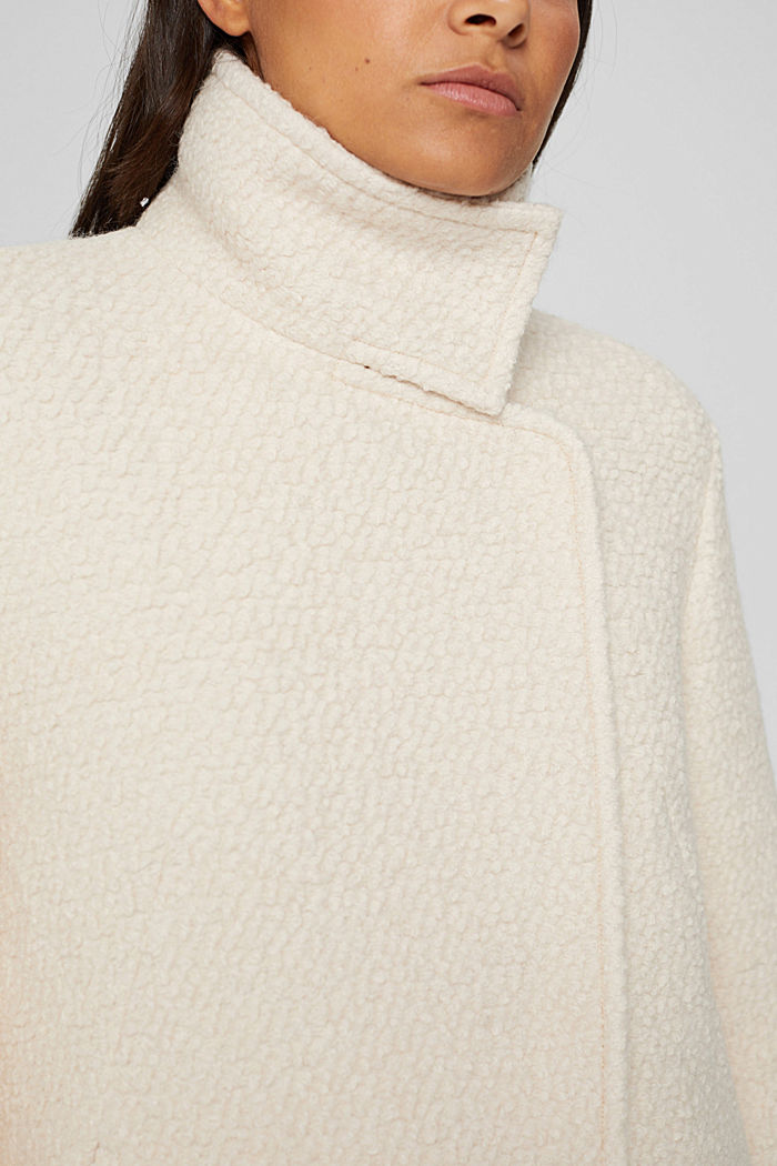 À teneur en laine: la veste en maille bouclette à col droit, ICE, detail image number 2