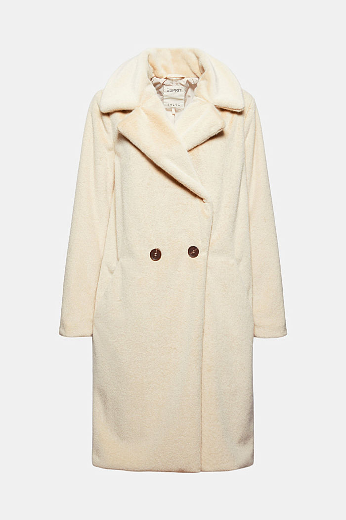 Coat with a wide lapel made of faux fur