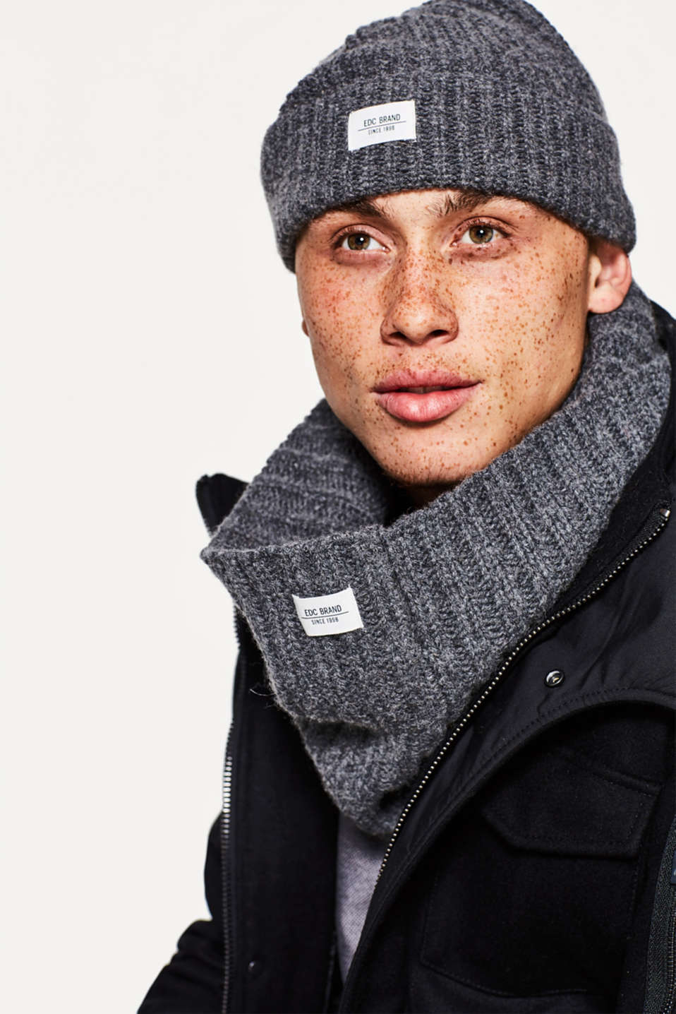 Snood with wool