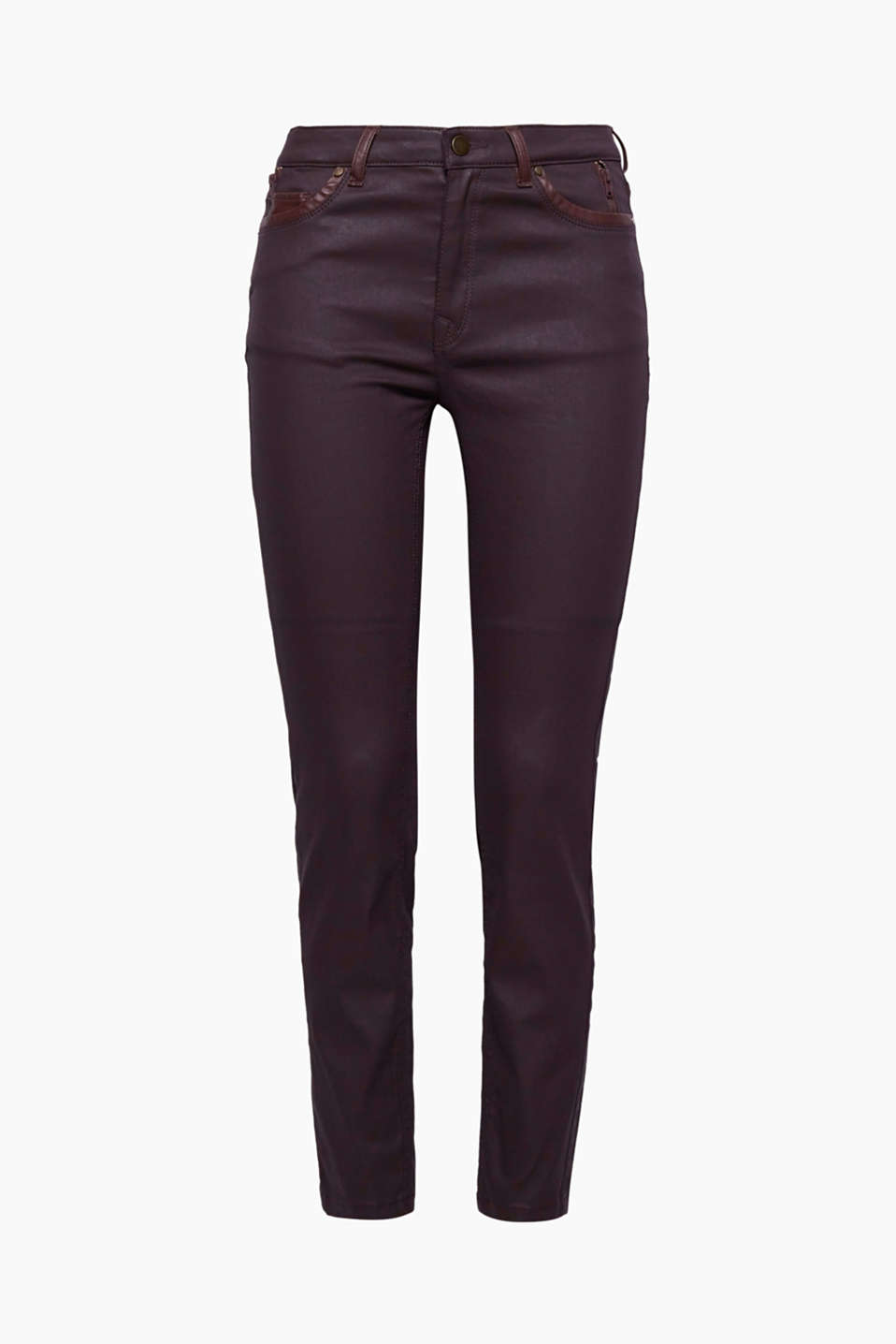 Cool coating: these 5-pocket trousers have a slightly shiny finish and faux leather details