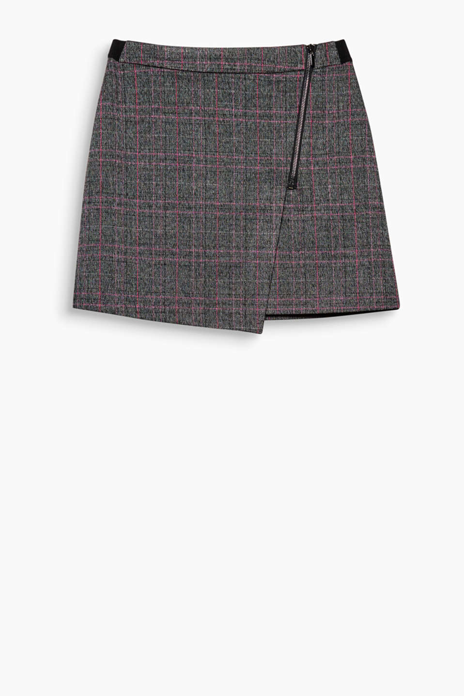 The wrap-over effect with a striking metal zip gives this skirt a brand-new twist