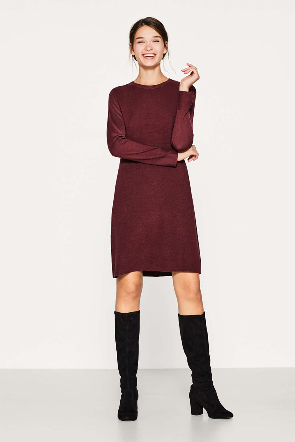 Fine-knit dress with a textured mix