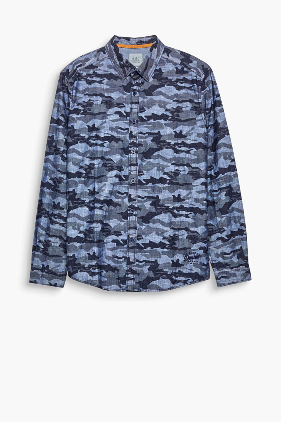 Camouflage and chambray! The combination makes this shirt an urban favourite.