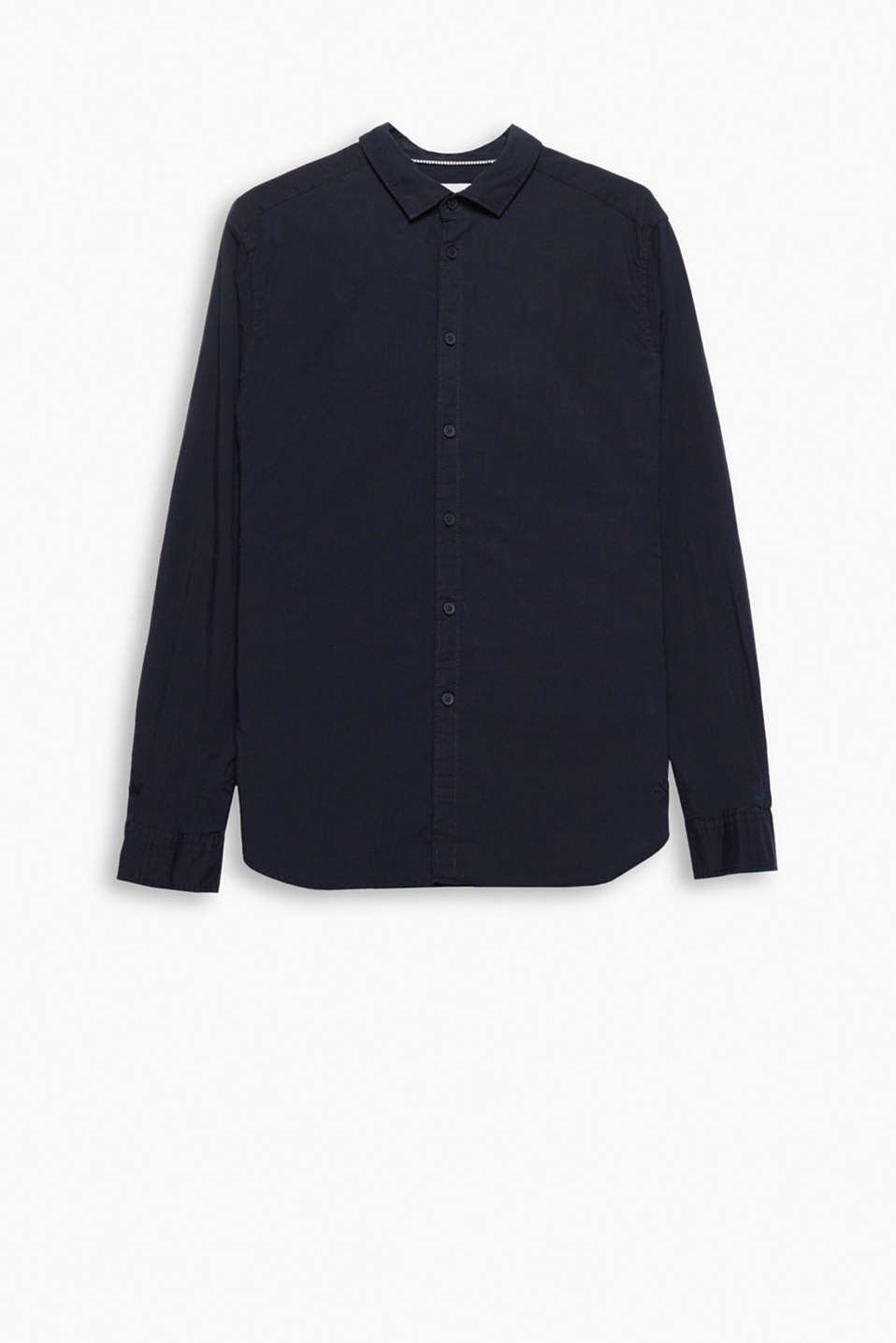 An everyday favourite: a plain coloured shirt in pure cotton with stretch for comfort, with a narrow collar.