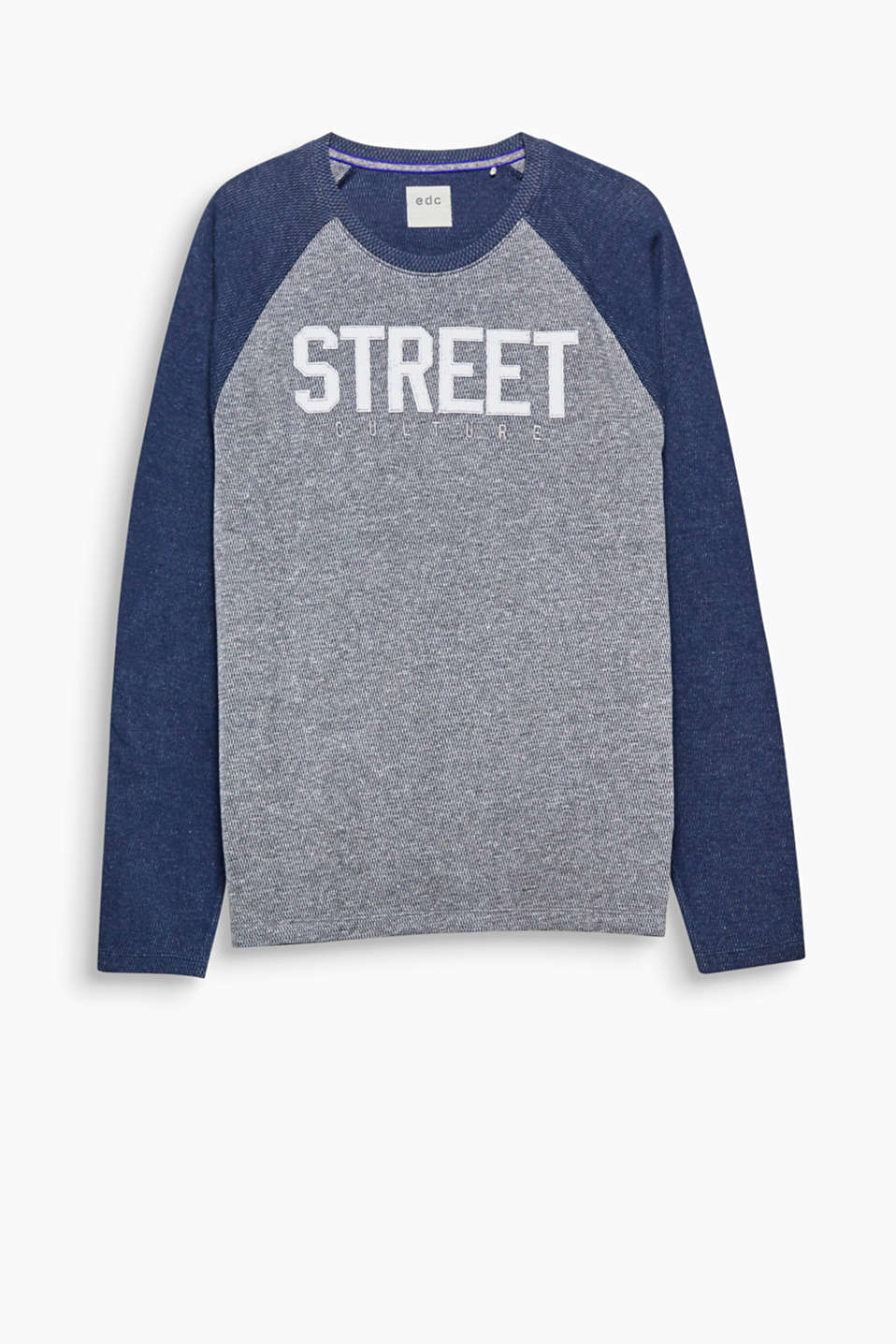 We love 3D texture! Long sleeve top with printed lettering and raglan sleeves