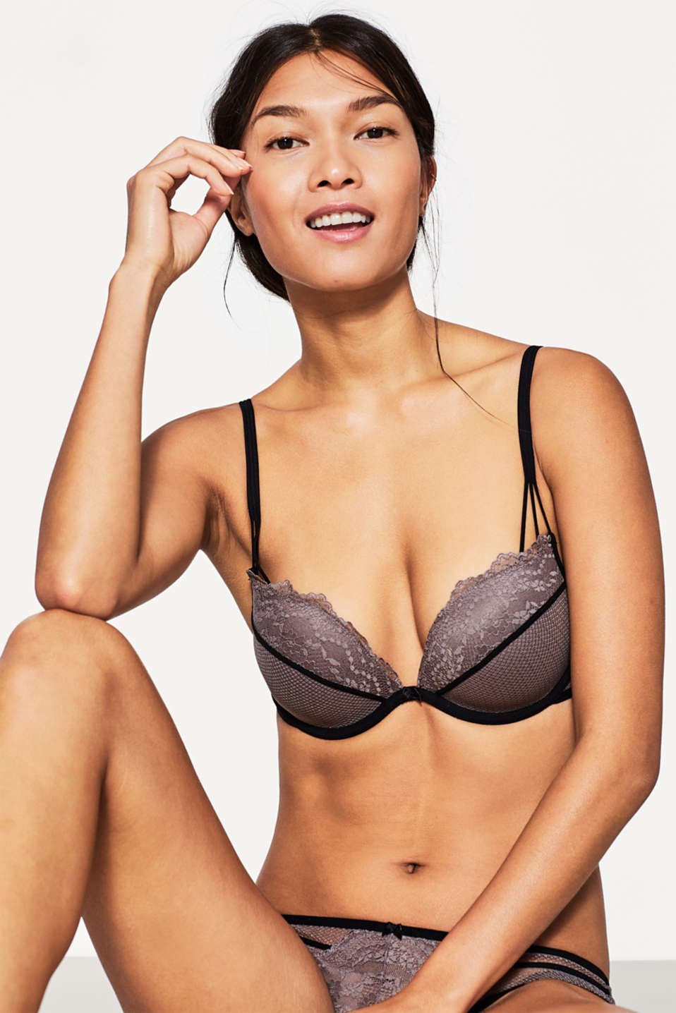 edc - Push-up bra in bi-colour lace