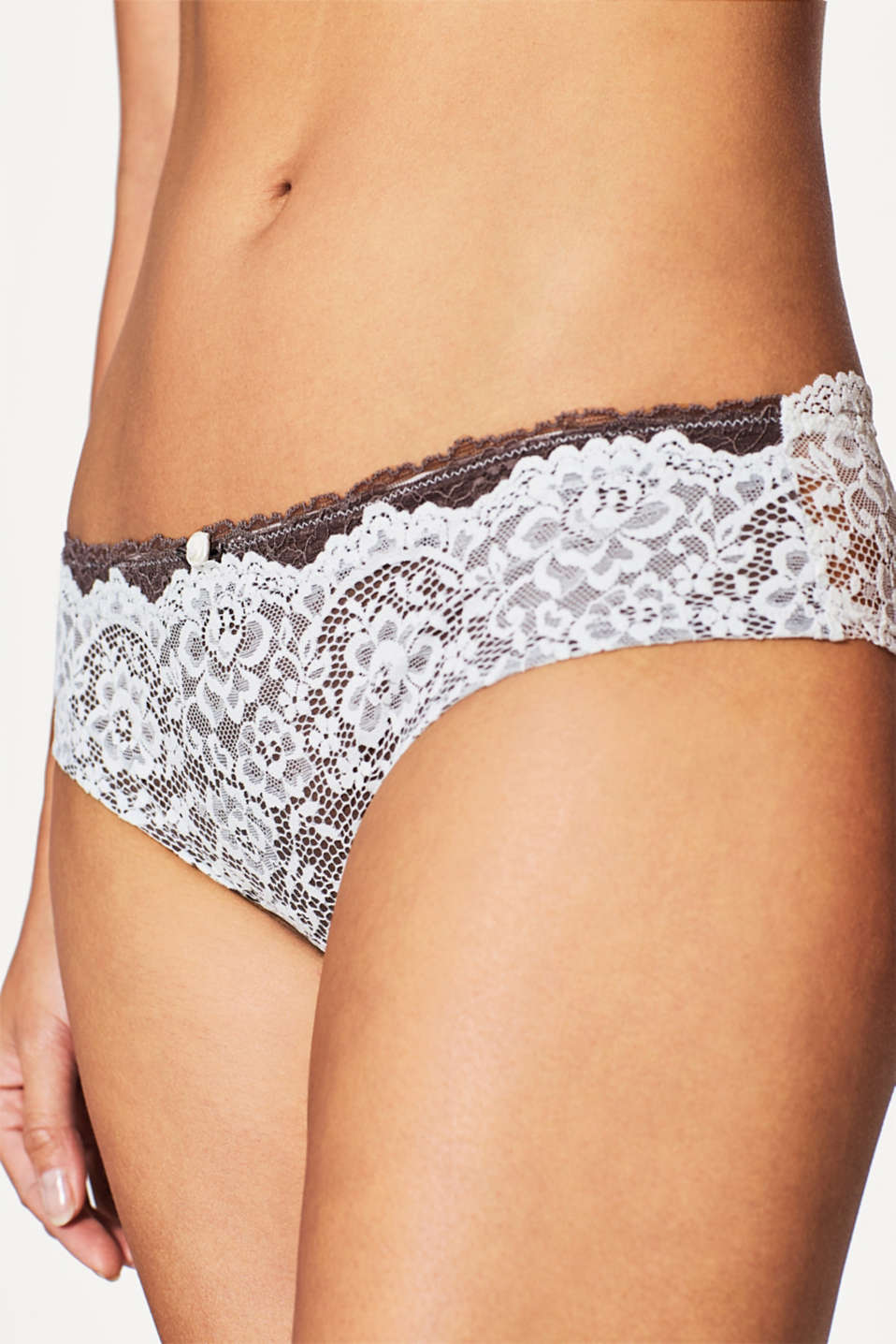 Hipster shorts in bi-colour lace