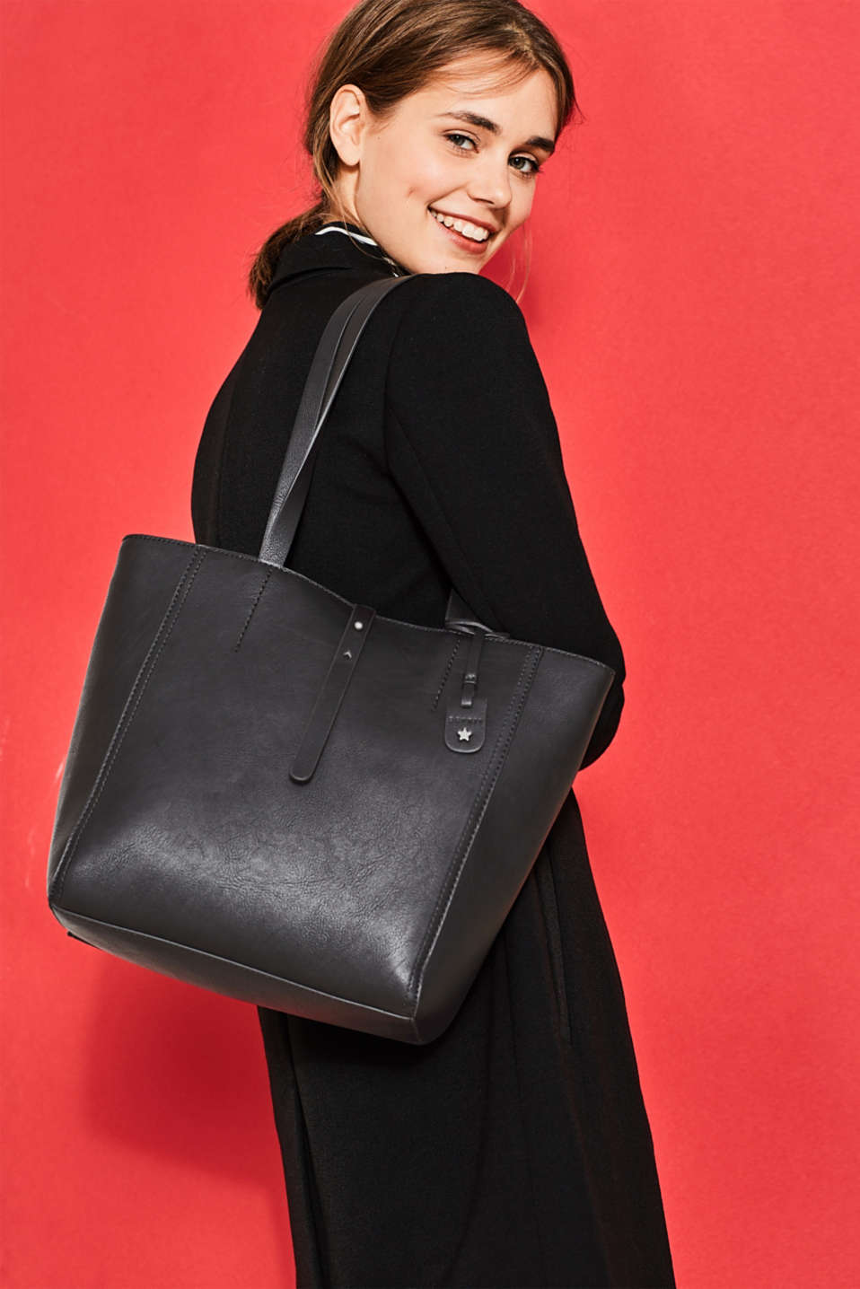 Compact faux leather shopper