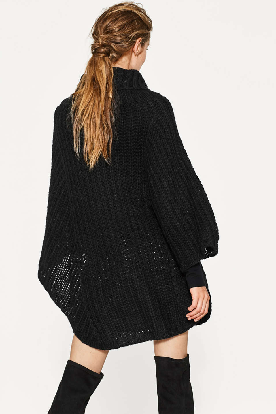 Exquisite Italian yarn poncho