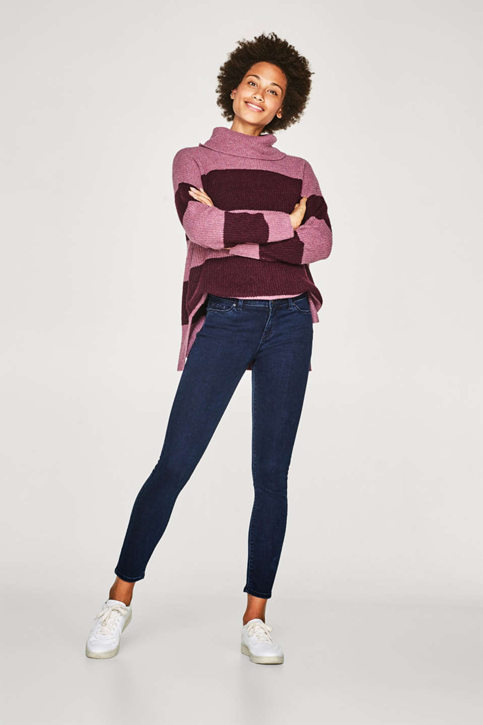 Esprit - Coloured-Stretch-Denim mit schmalem Cut