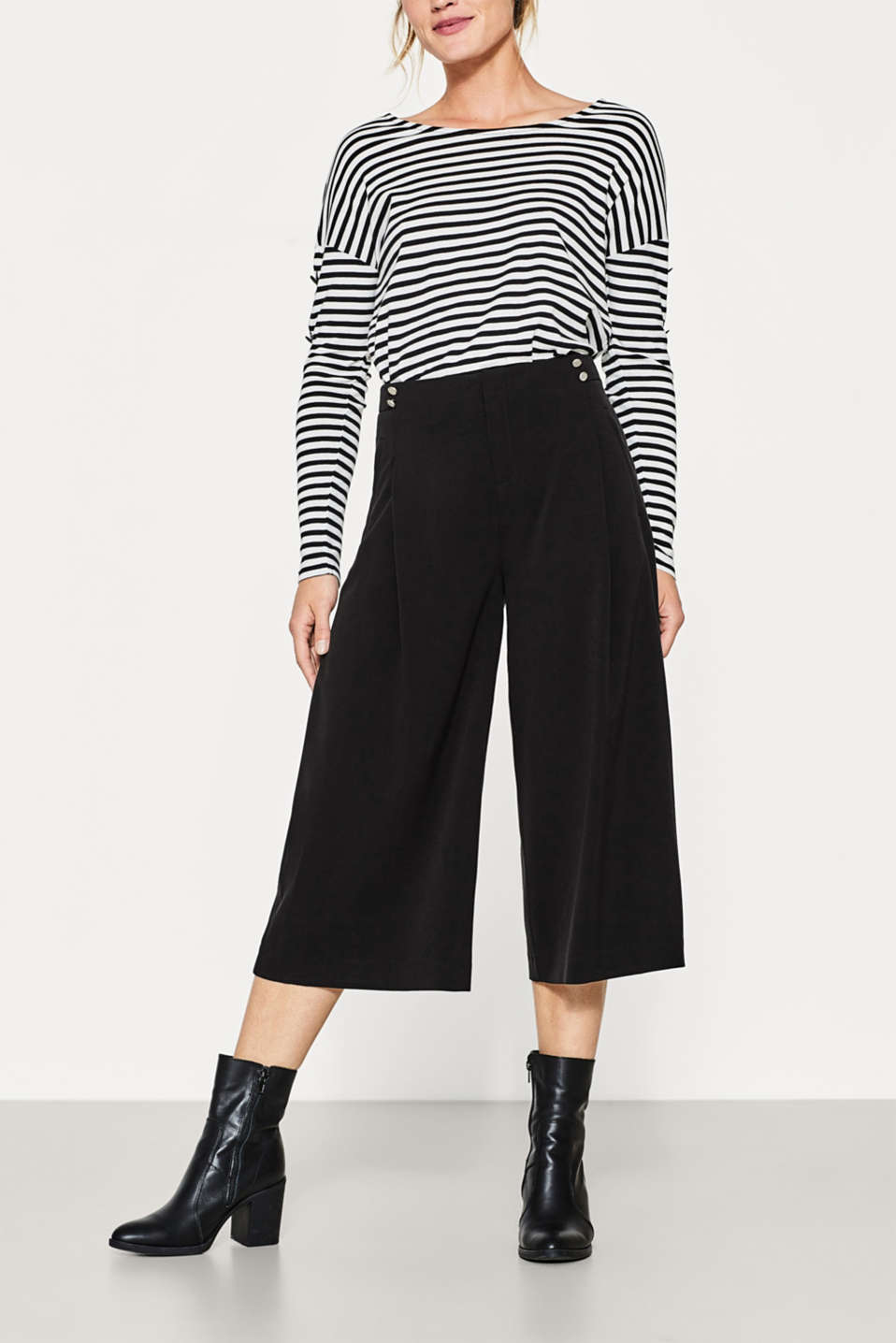 Esprit - Flowing culottes with waistband buttons