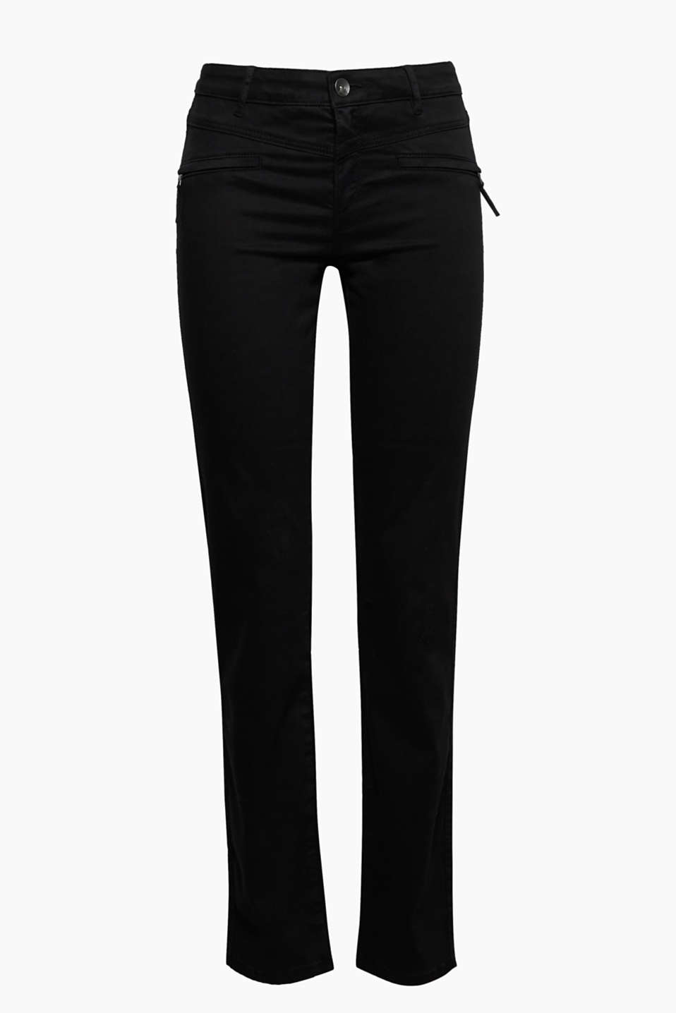 The outer surface, similar to peach skin, and the trendy zip give these cotton stretch trousers their new look!