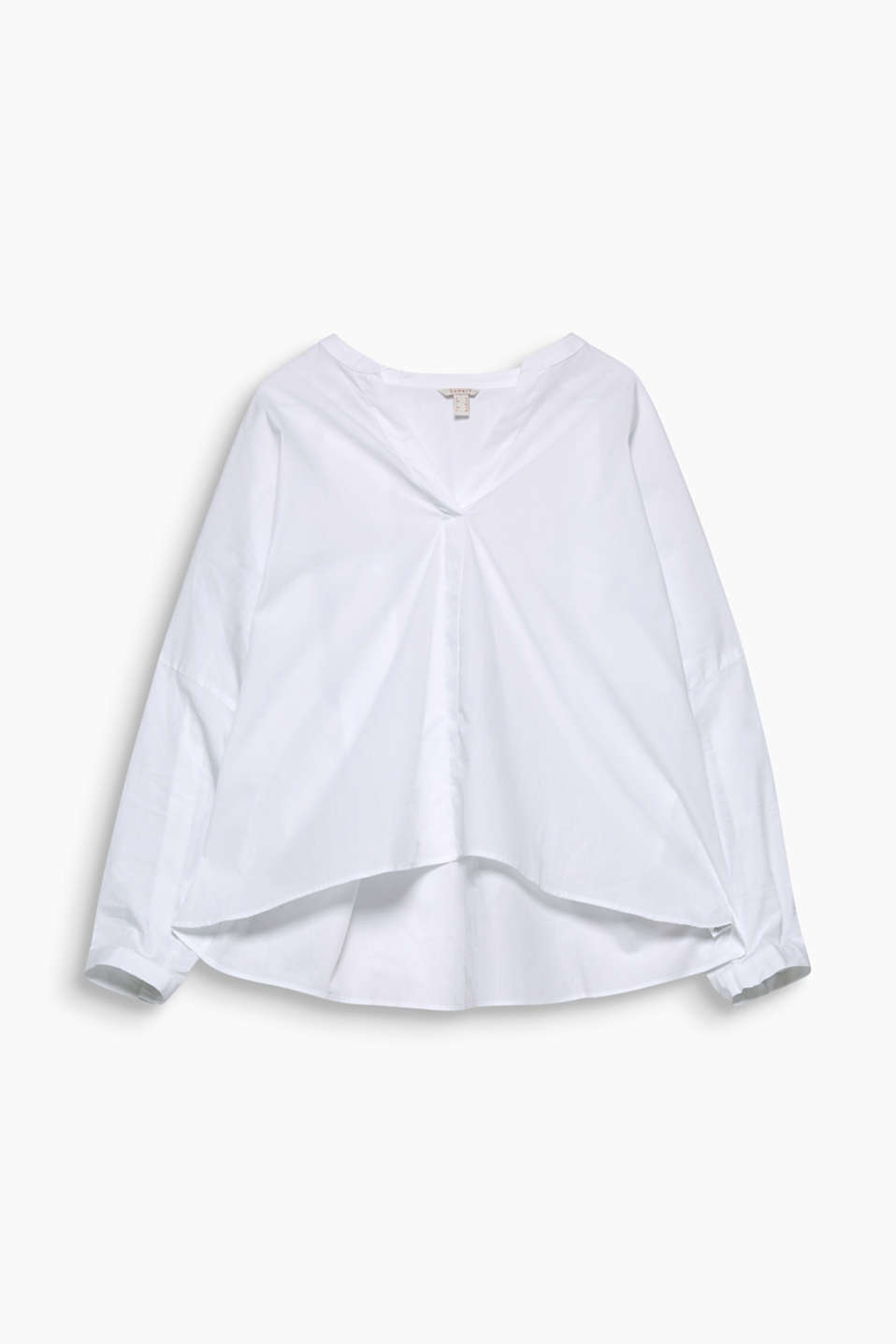Your go-to piece any day, this stylish cotton blouse has an oversized design in a Henley style, with turn-up sleeves!