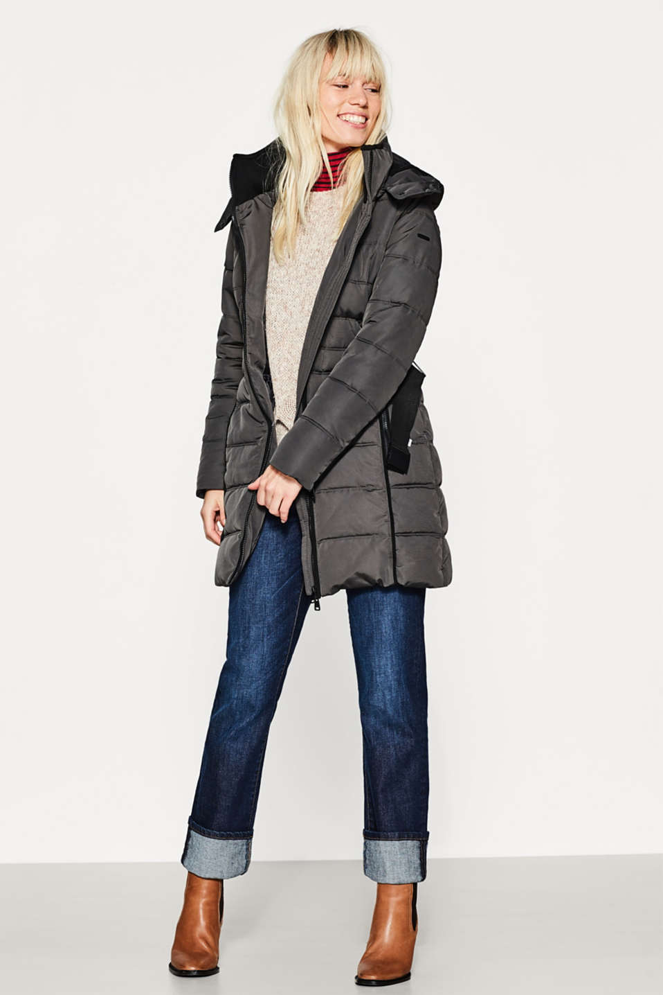 Quilted coat with a hood and stretch belt