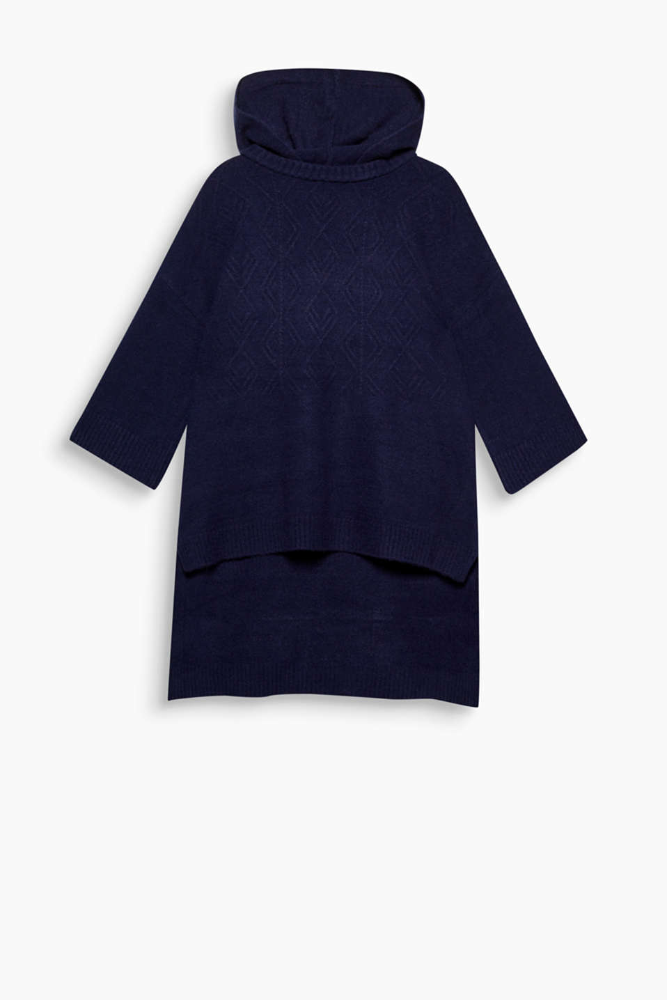 Fashion piece: this casual cape jumper with a hood, cable pattern and high-low hem will make you look forward to winter!