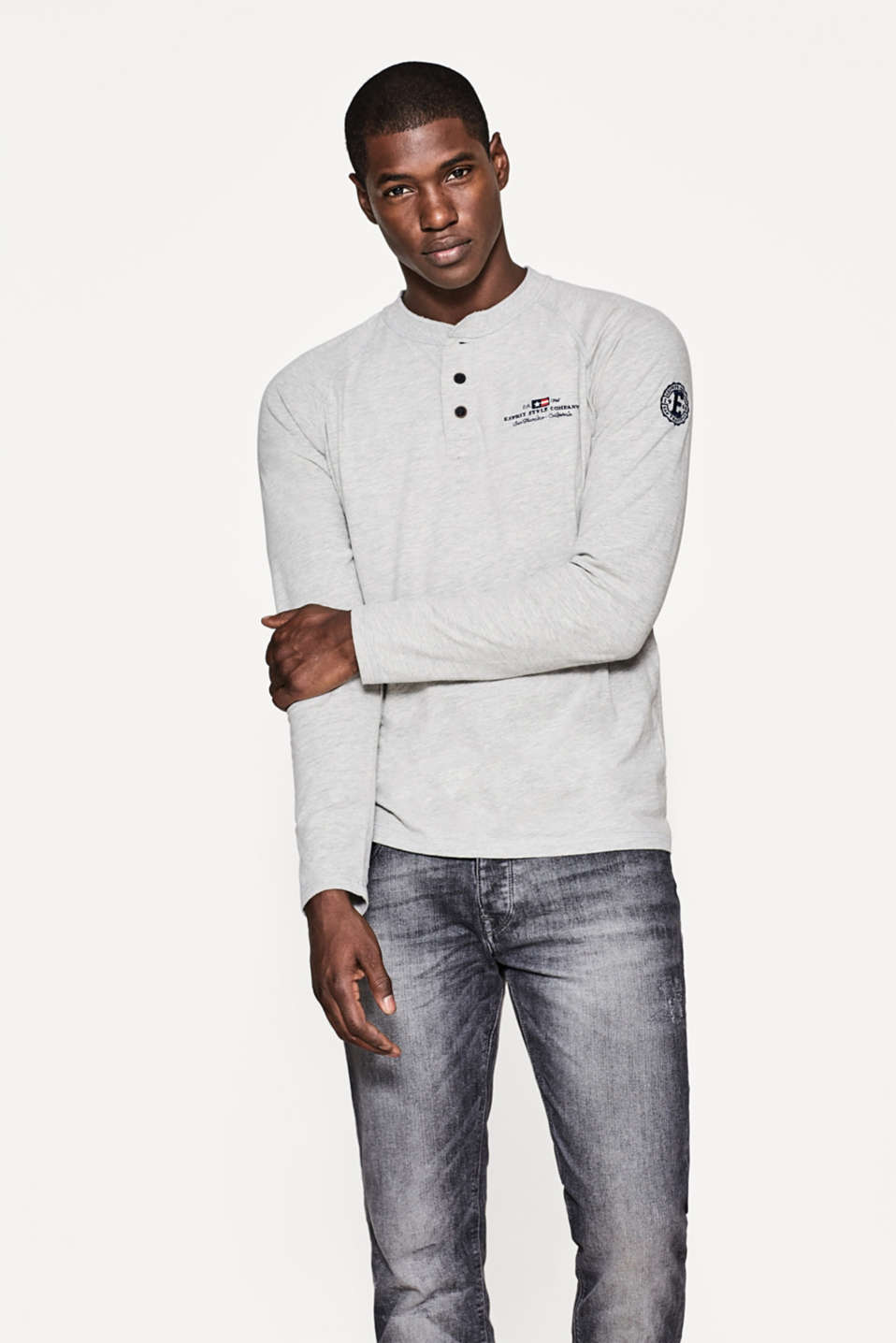 Esprit - Long sleeve top in pure cotton jersey
