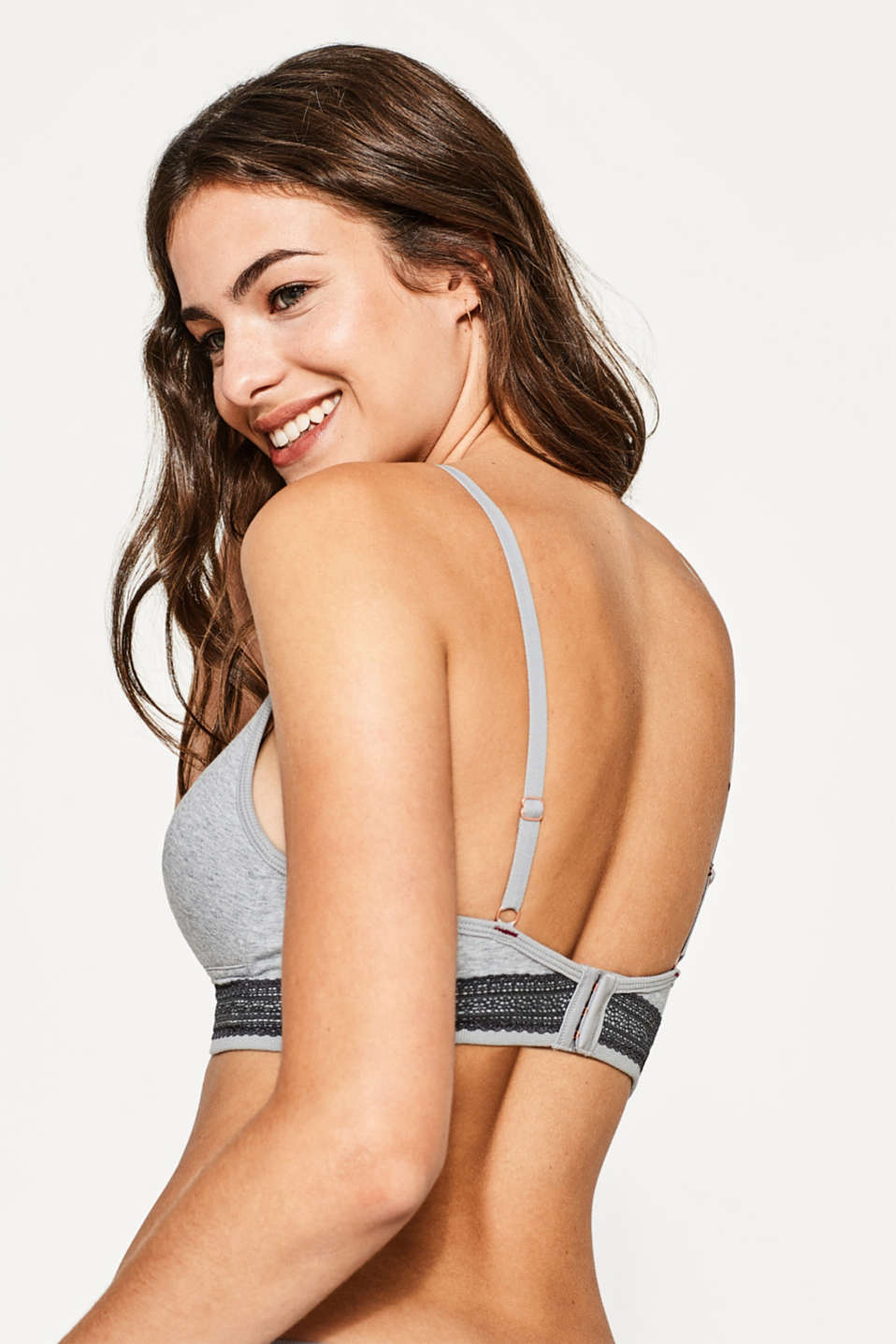 Padded non-wired bra made of jersey