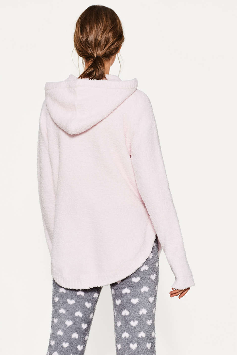 Soft and cuddly hooded jumper