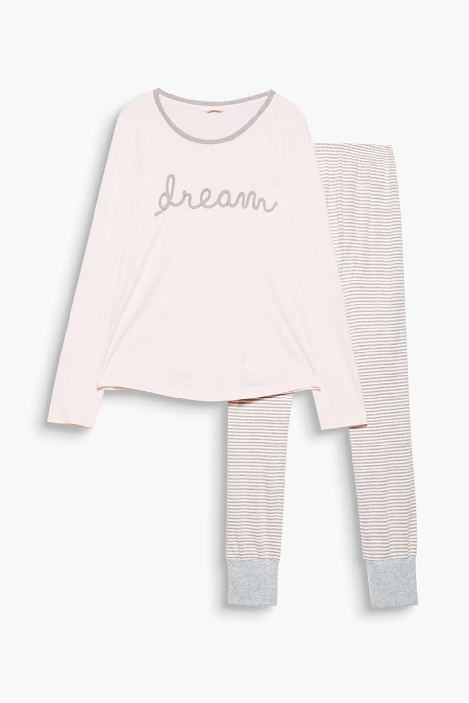 A striped look meets dream embroidery! The wavy dream lettering and the striped bottoms are the perfect mix.