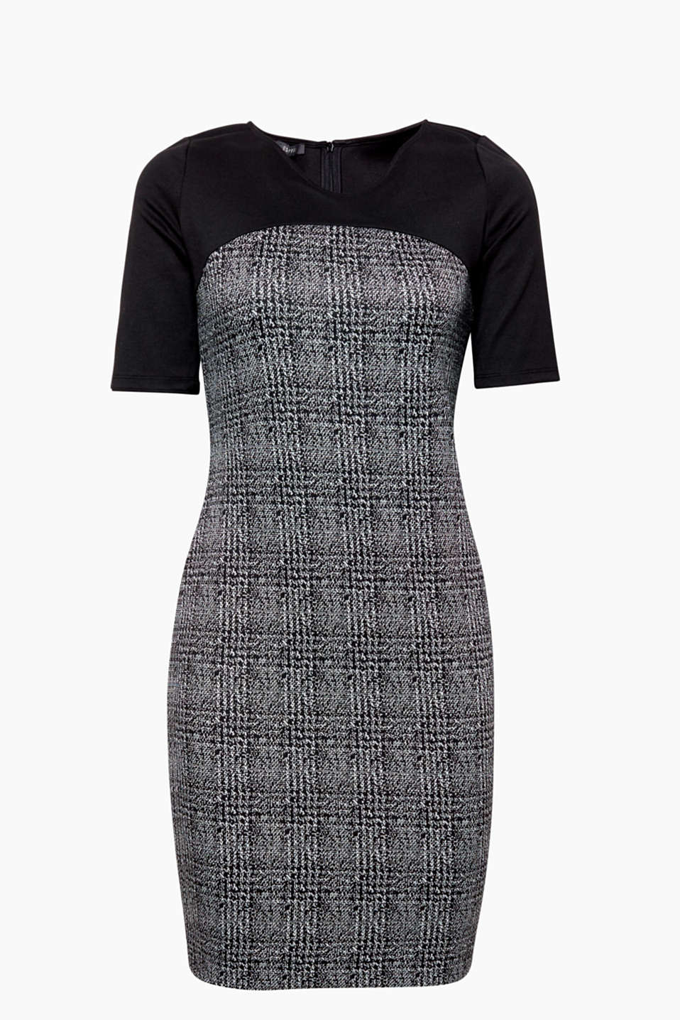 The heavenly houndstooth pattern makes this mega comfy dress perfect for lots of different occasions!